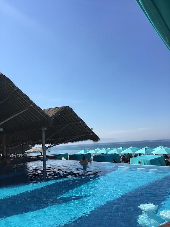 mantamar-beach-club-lgbt.jpg
