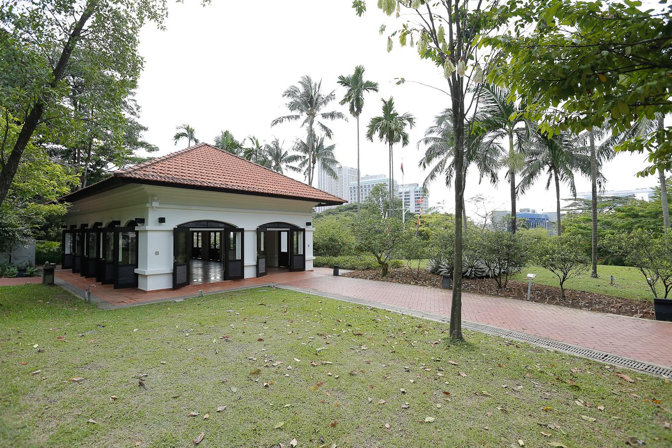 Raffles House -