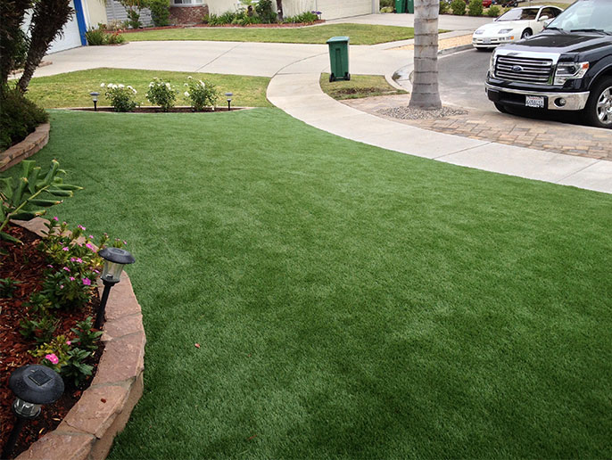 artificialgrass.jpg