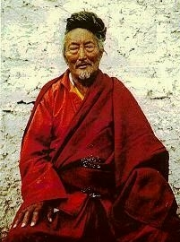 YOGI DRUBWANG KHYUNGA RINPOCHE - Retreat master Kyunga Sodpa Gyatso Rinpoche (1911-1980), from Kham, was regarded as a realized master. He was a man of indomitable character, strong, strict like Marpa, and had spent thirty-five years of his life in retreat.