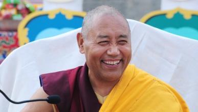 Khenchen Konchog Gyaltsen Rinpoche .jpg