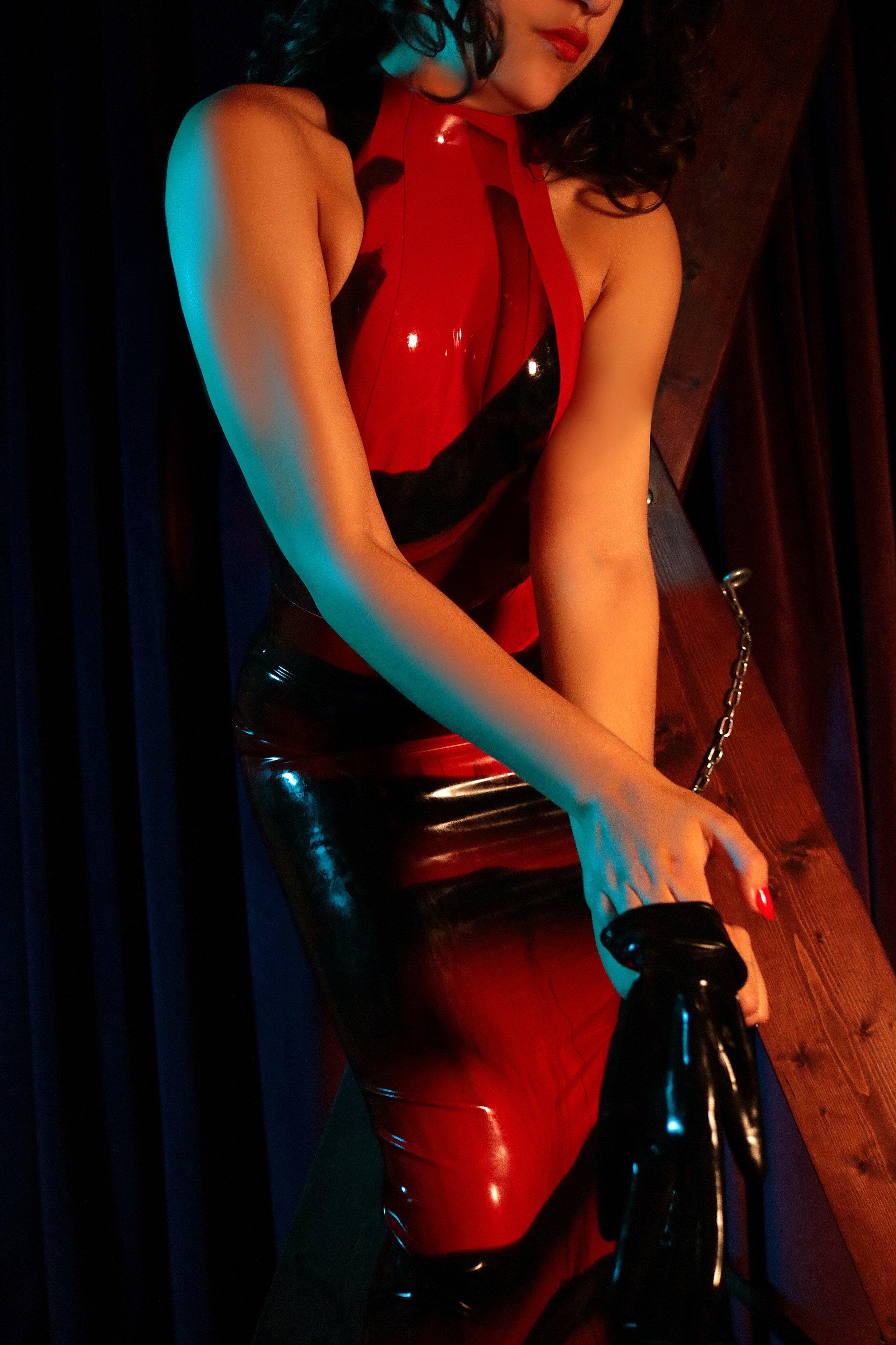 Kinky Shiny Latex Mistress