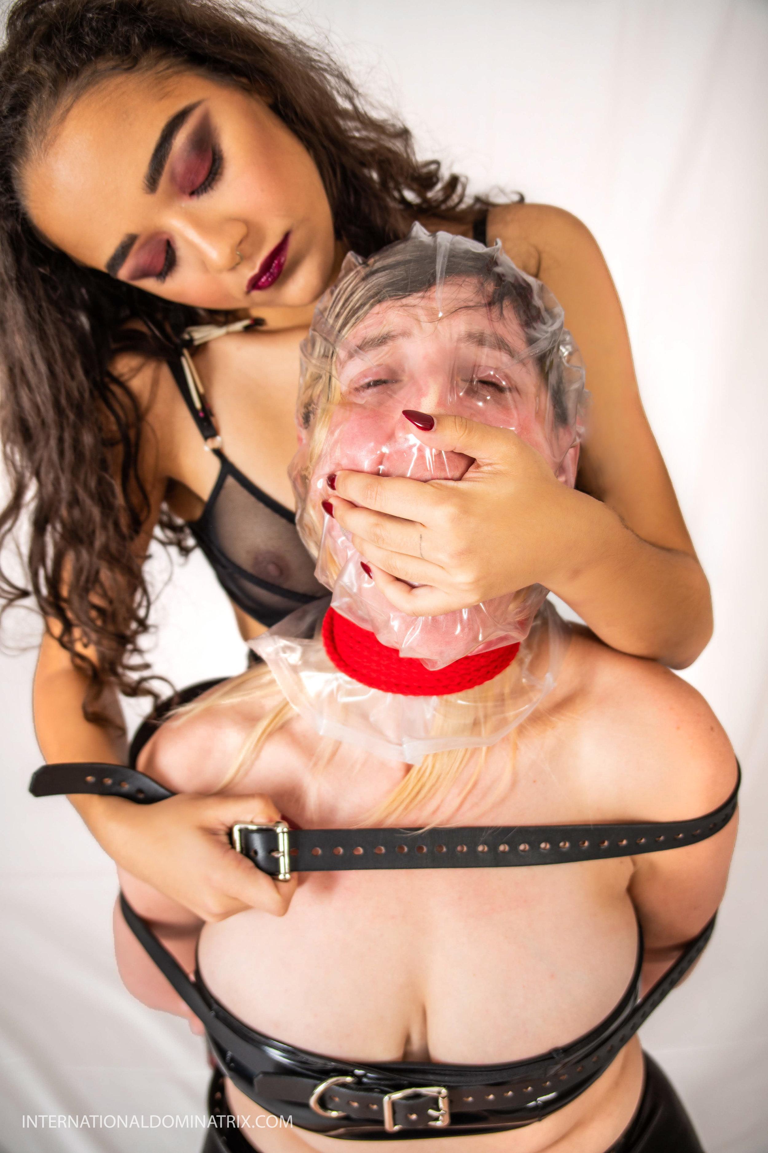 Choking BDSM Mistress Lesbian