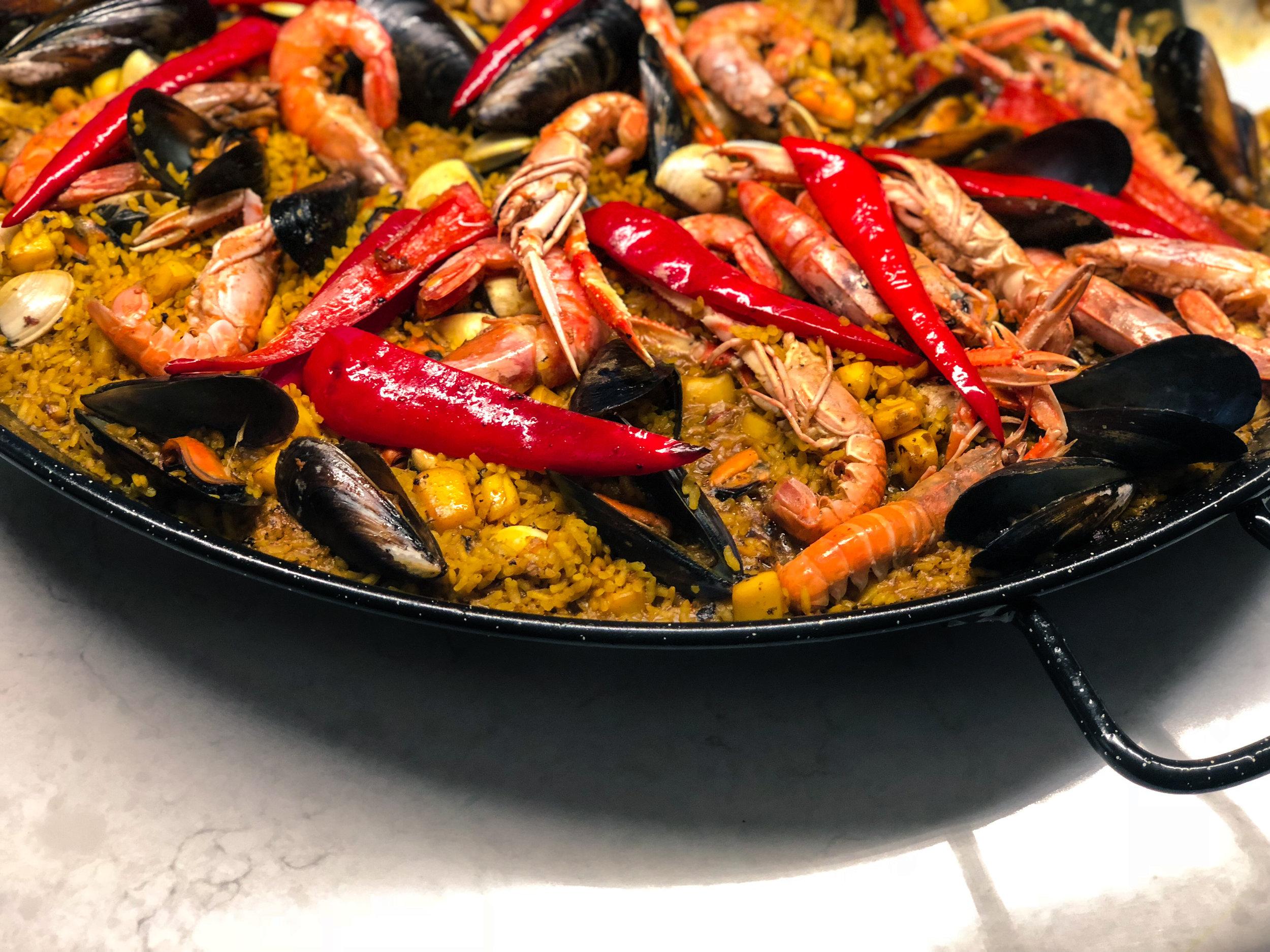 JUN's Meeresfrüchte Paella