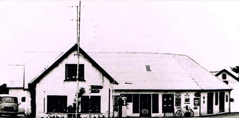 Købmandsgården blev revet ned efter min farfars død i 1985.