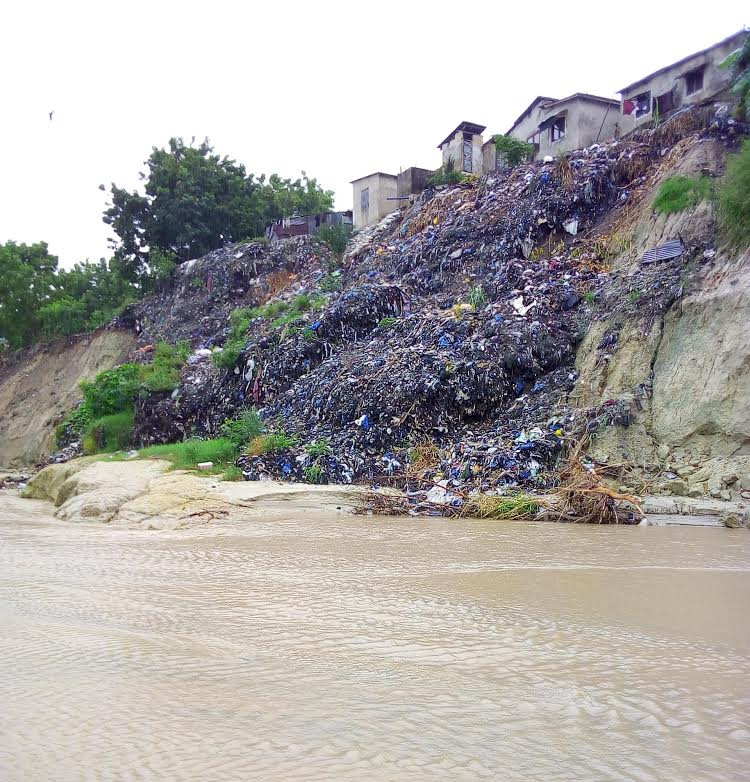 Some communities in Dar es Salaam desperately trying to stop riverbank erosion by establishing informal dumps. This only makes the problem worse as downstream, the waste creates further silting and blocks drainage canals.