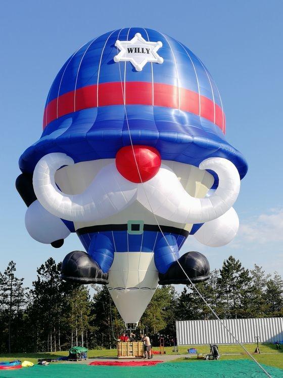 Willy Policeman Balloon.jpg