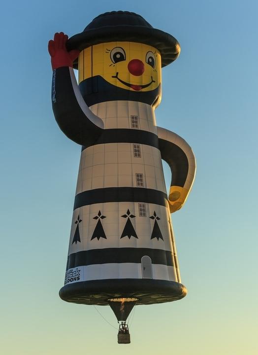 Lighthouse Balloon.jpg