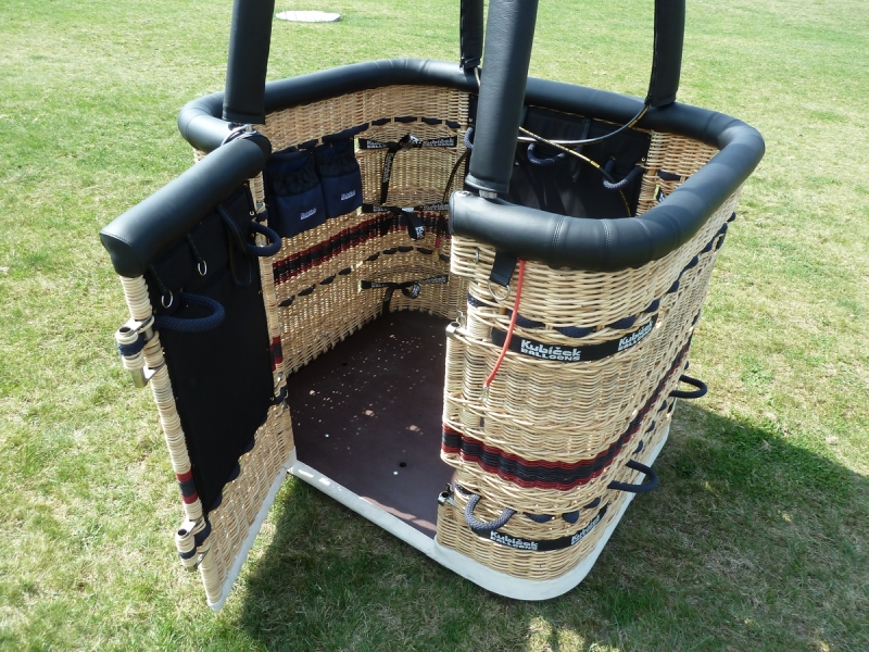 Balloon Basket Door.jpg