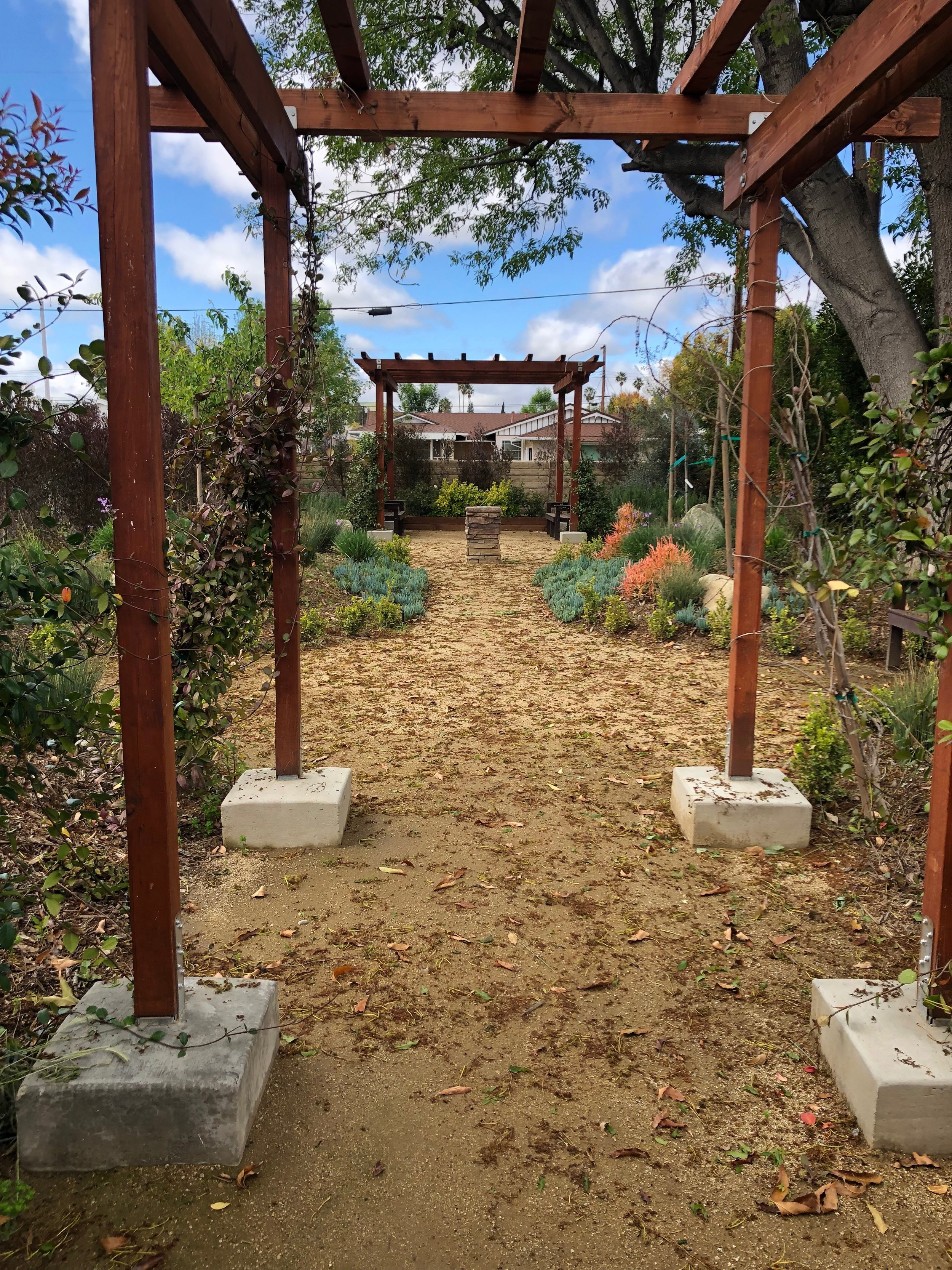 outdoor classroom designed with planting beds and instructional space