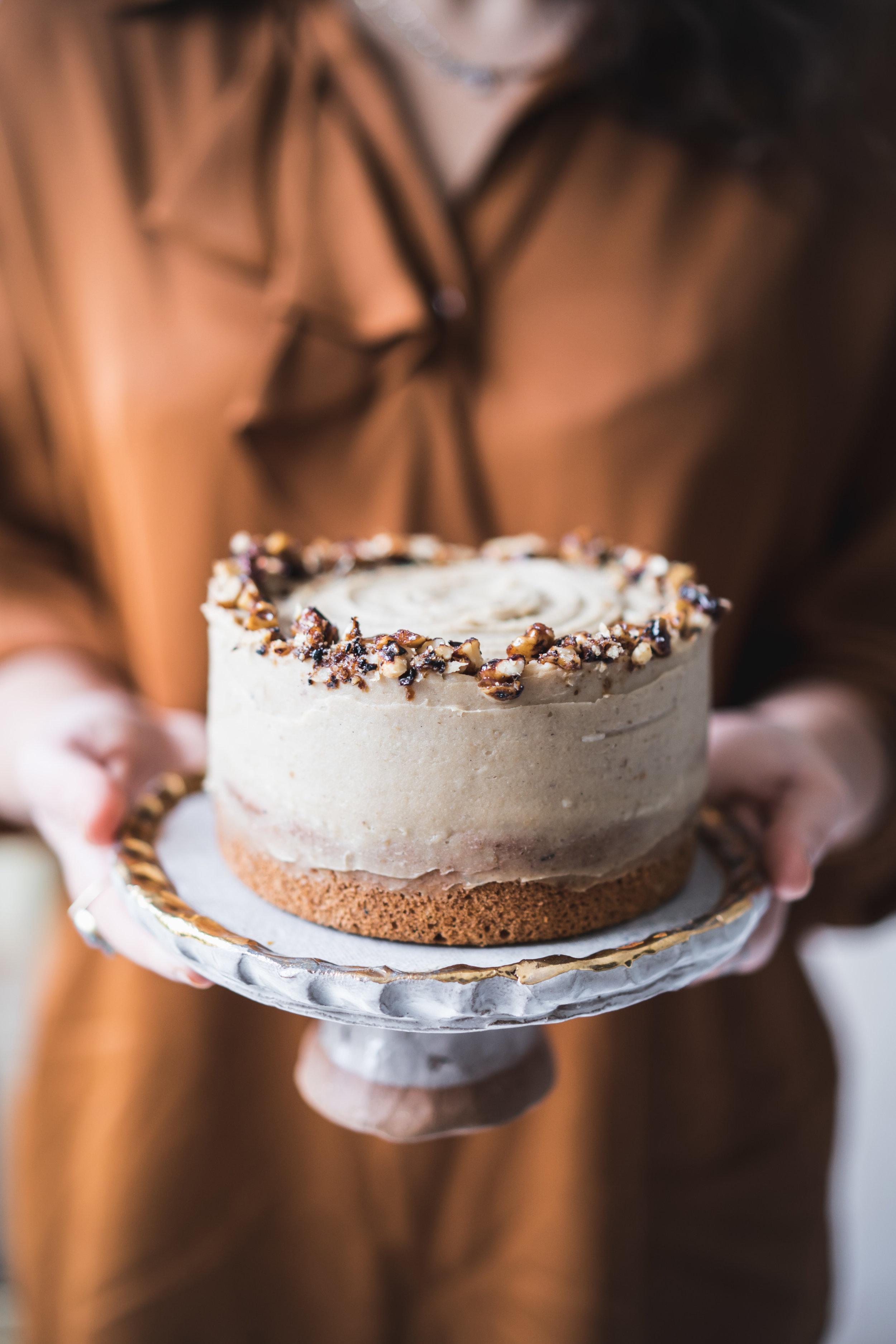 Vegan walnut and chestnut cake