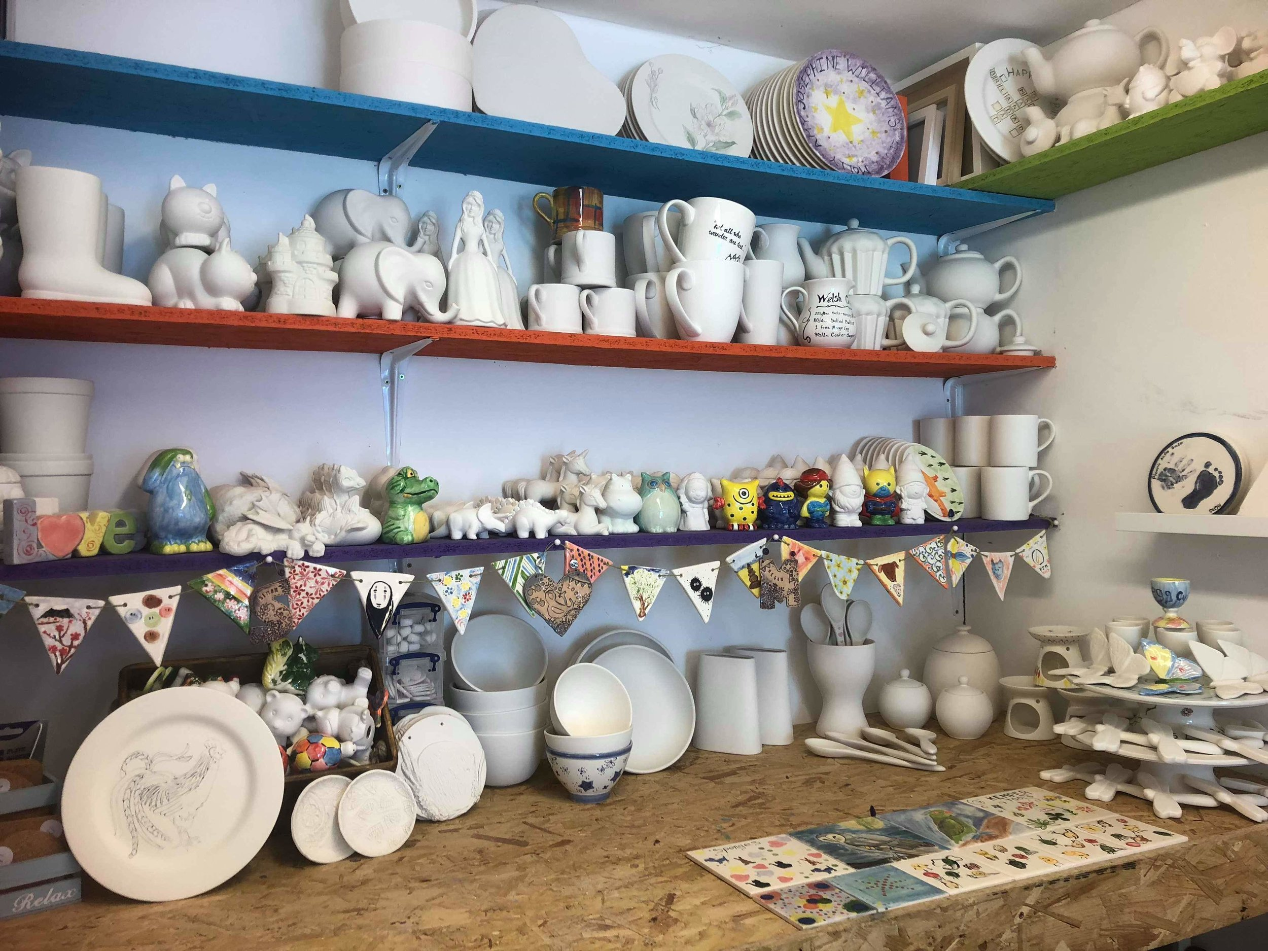 All our parties include a special party plate painted for the birthday girl or boy and signed by all of the party goers. This is a perfect memento to mark the special occasion. join us in our shipping container pottery studio.  www.peggyspots.co.uk
