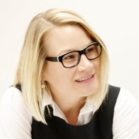 Marie Brechbuehler Peskova   Finance, Crowdfunding, Impact-investing