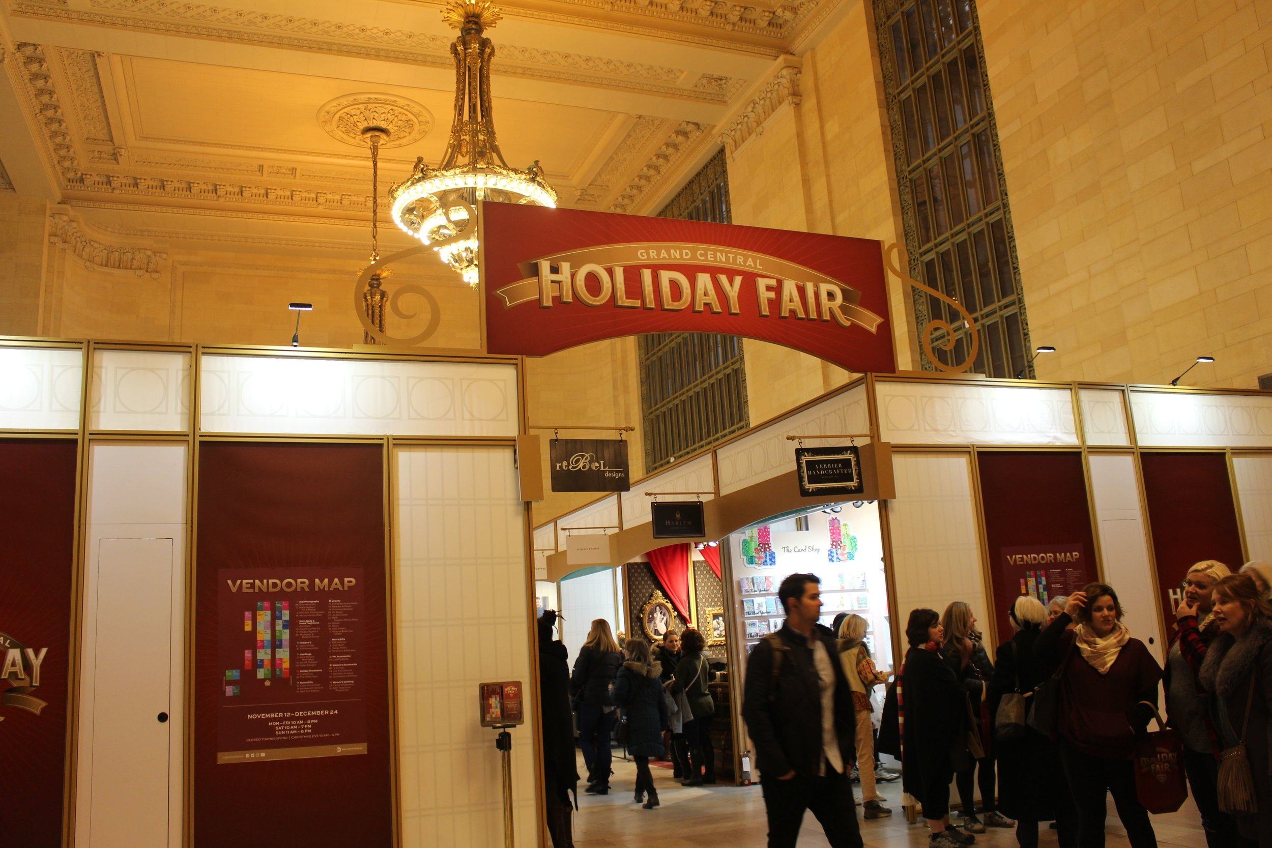 GRAND CENTRAL HOLIDAY FAIR - B FLORAL