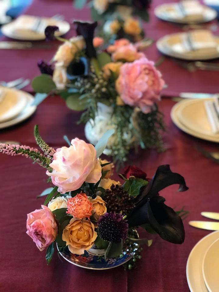 Tea Cup Table Runner- B Floral