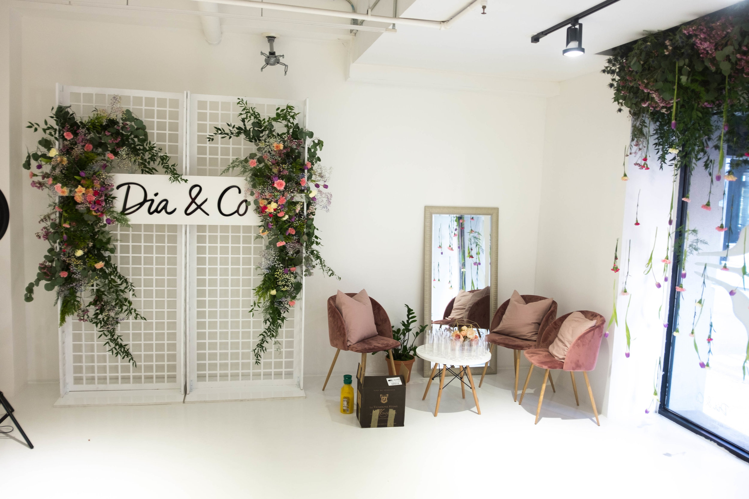 DIA AND CO - B FLORAL