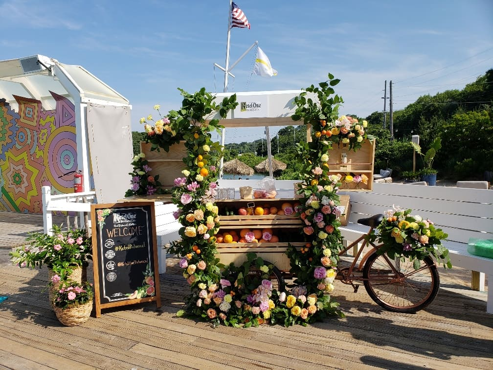 KETEL ONE BRANDED CART - B FLORAL