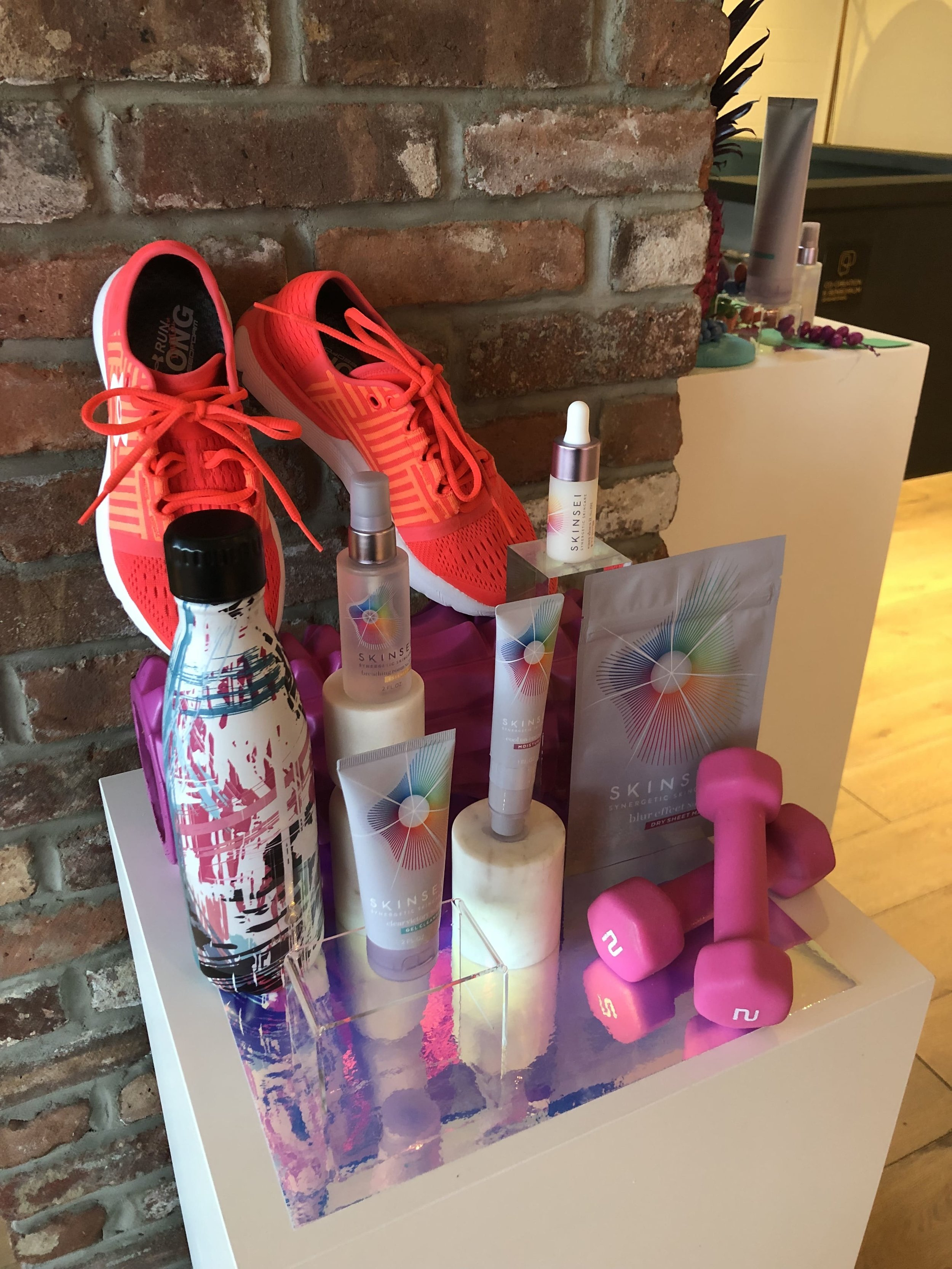 Skinsei Product Display Athlete Theme- B Floral