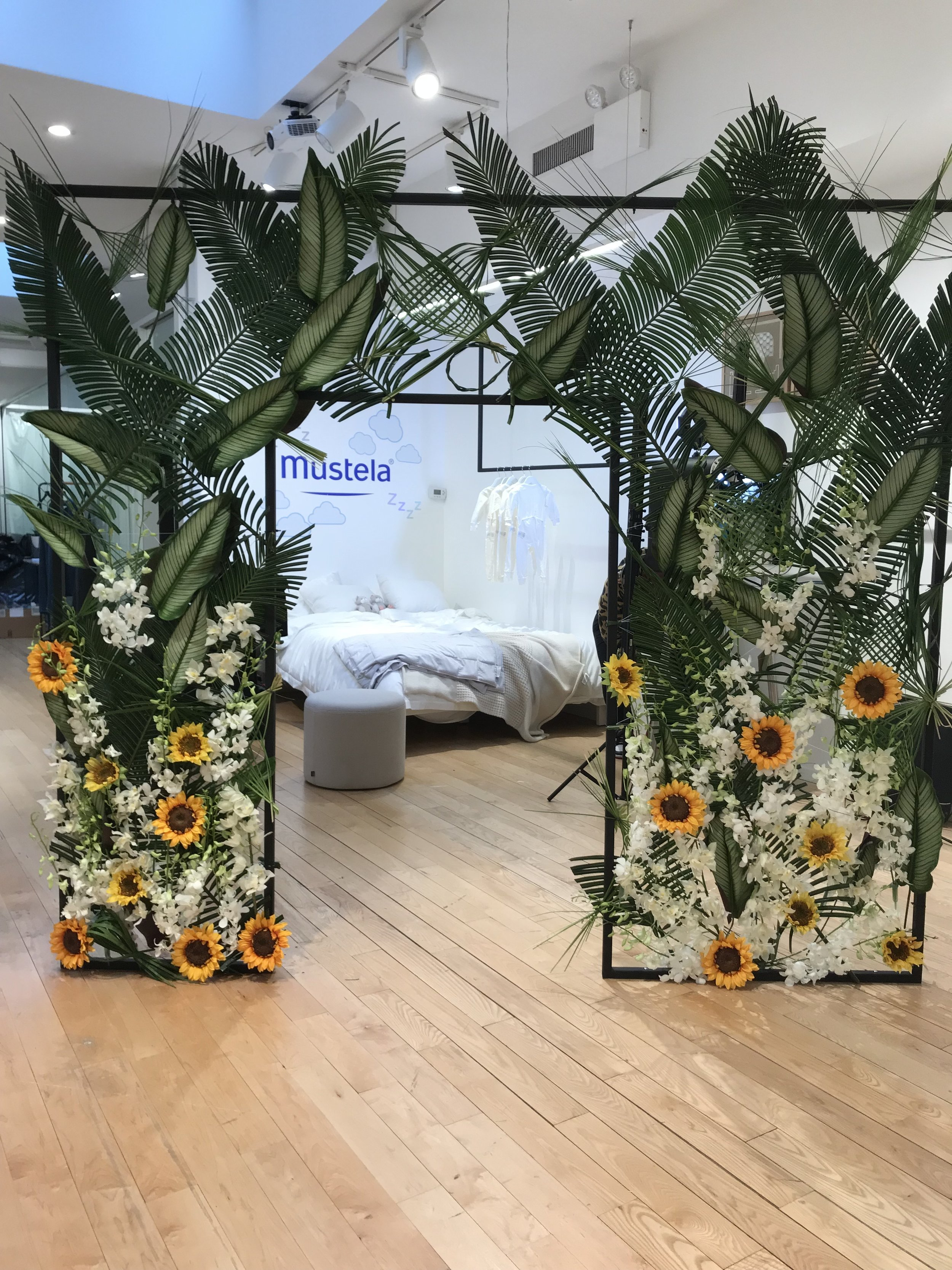 Mustela Launch Greenery Install- B Floral