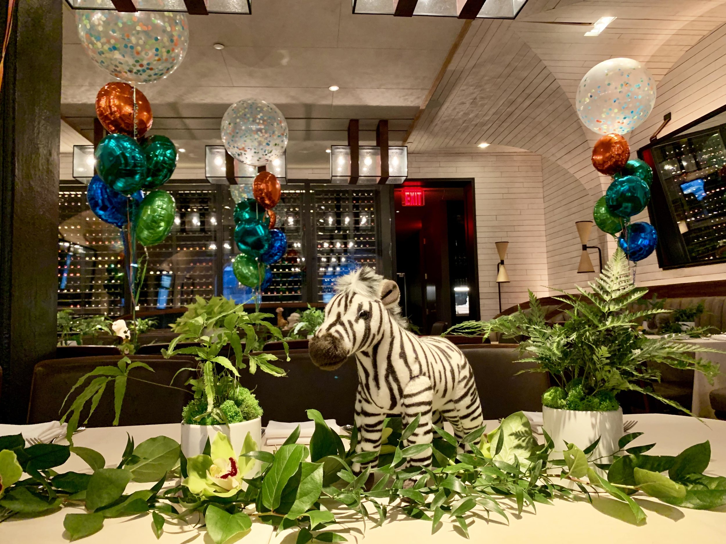 Noah's Ark Themed Tablescape - B Floral