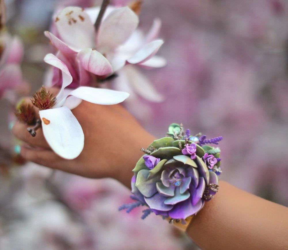 Flower Cuff - B Floral Style