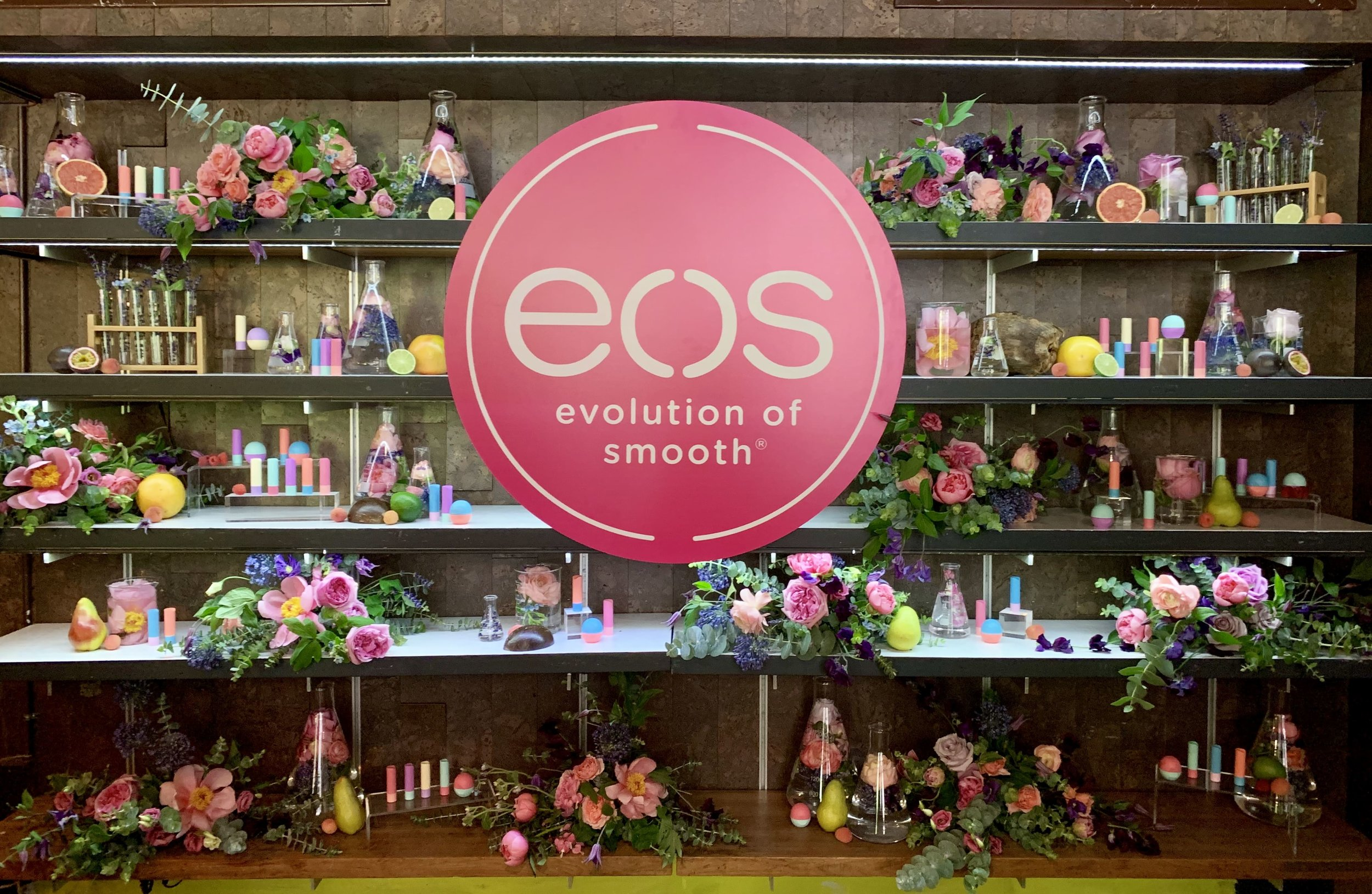 eos Product Display Shelving