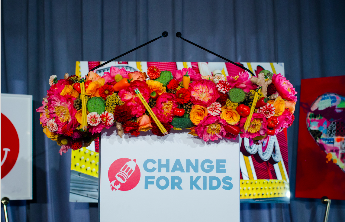 CHANGE FOR KIDS - CFK - STAGE DESIGN