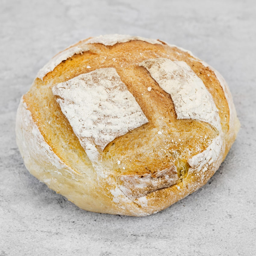 WHITE CRUSTY ROUND  This is our 'Farmhouse' style loaf. Lots of crust with a soft middle made for soups, stews, ploughman's lunches and sandwiches. Anyone who loves a crust will love this!
