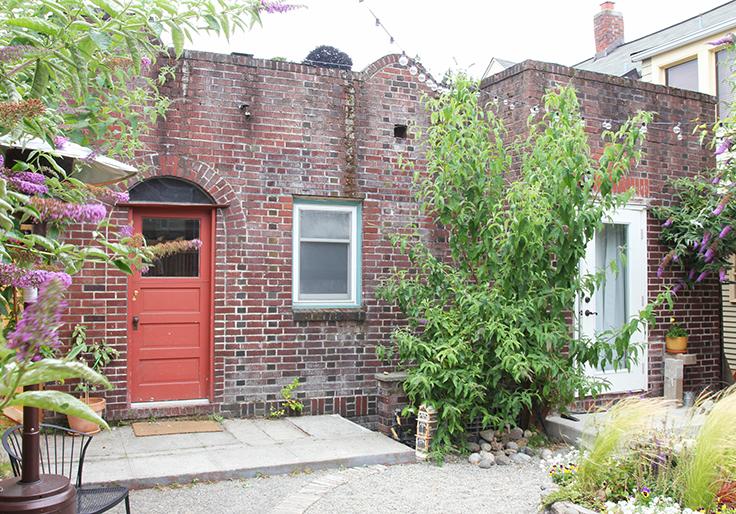 The-Grit-and-Polish-Dexter-Backyard-House.jpg