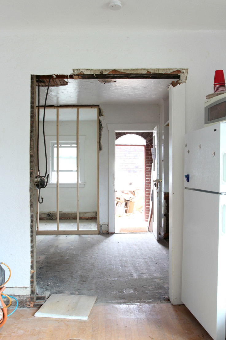 The Grit and Polish - Kitchen Wall Framing