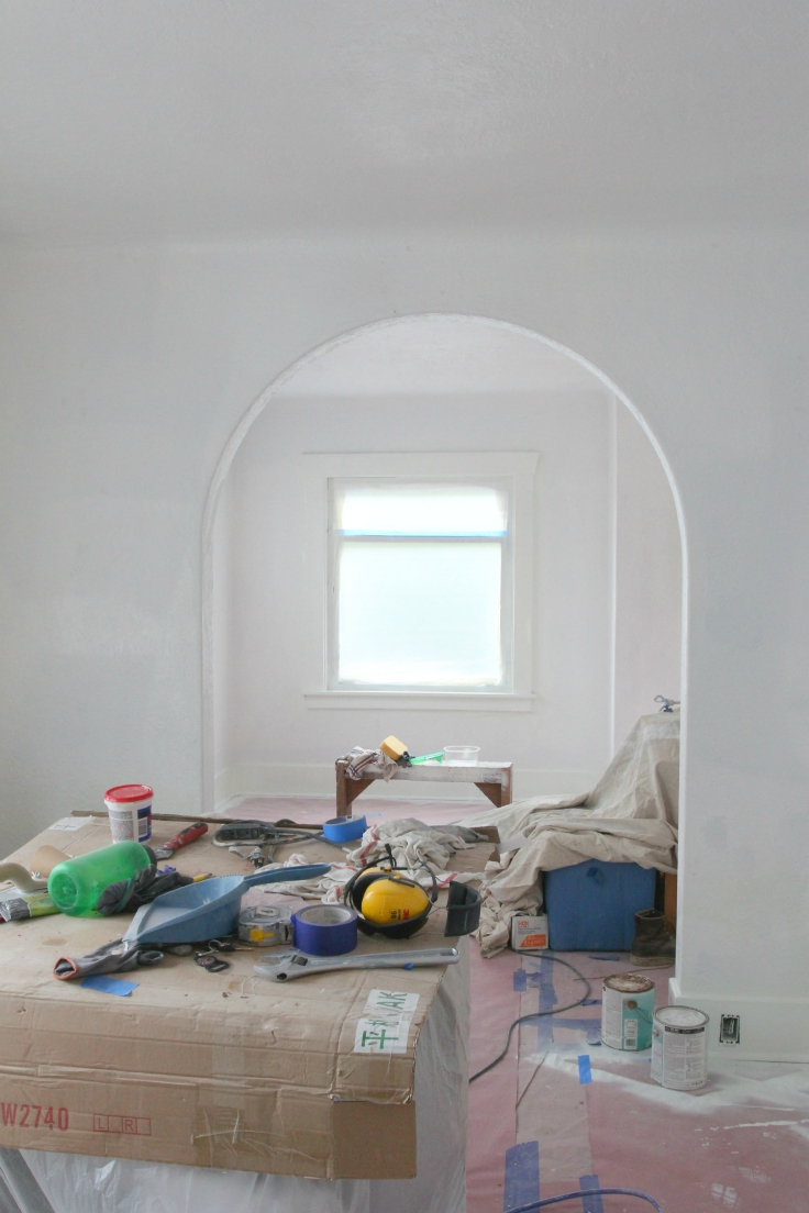 The Grit and Polish - Wall Paint Prep Living Room