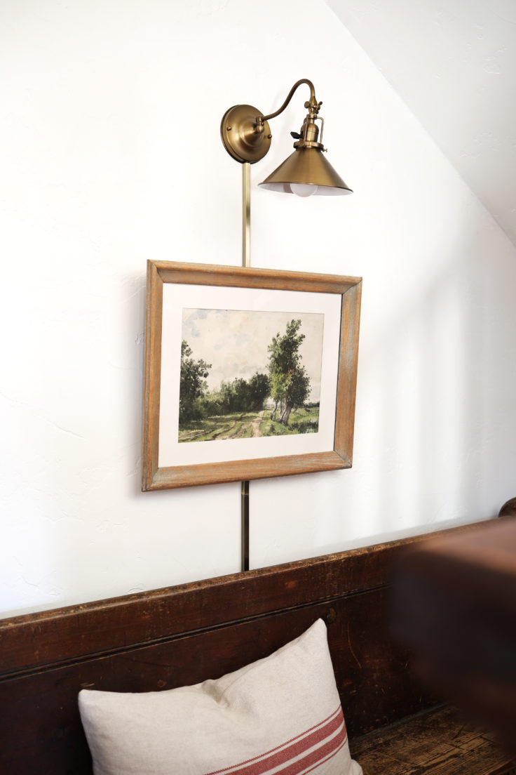The-Grit-and-Polish-Farmhouse-Entryway-Art-Light-e1542086703372.jpg