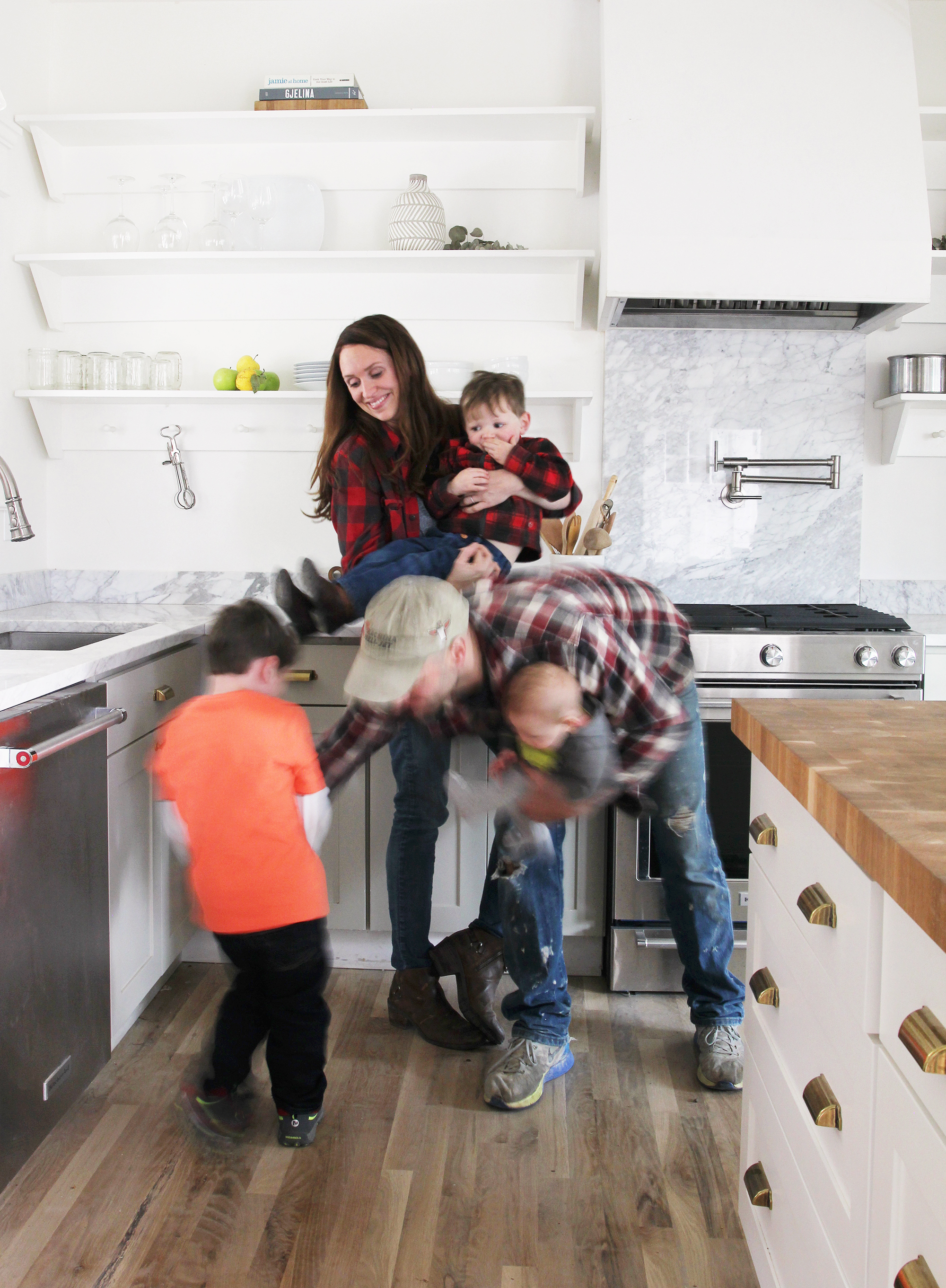 The Grit and Polish - Porch Family in Kitchen 2