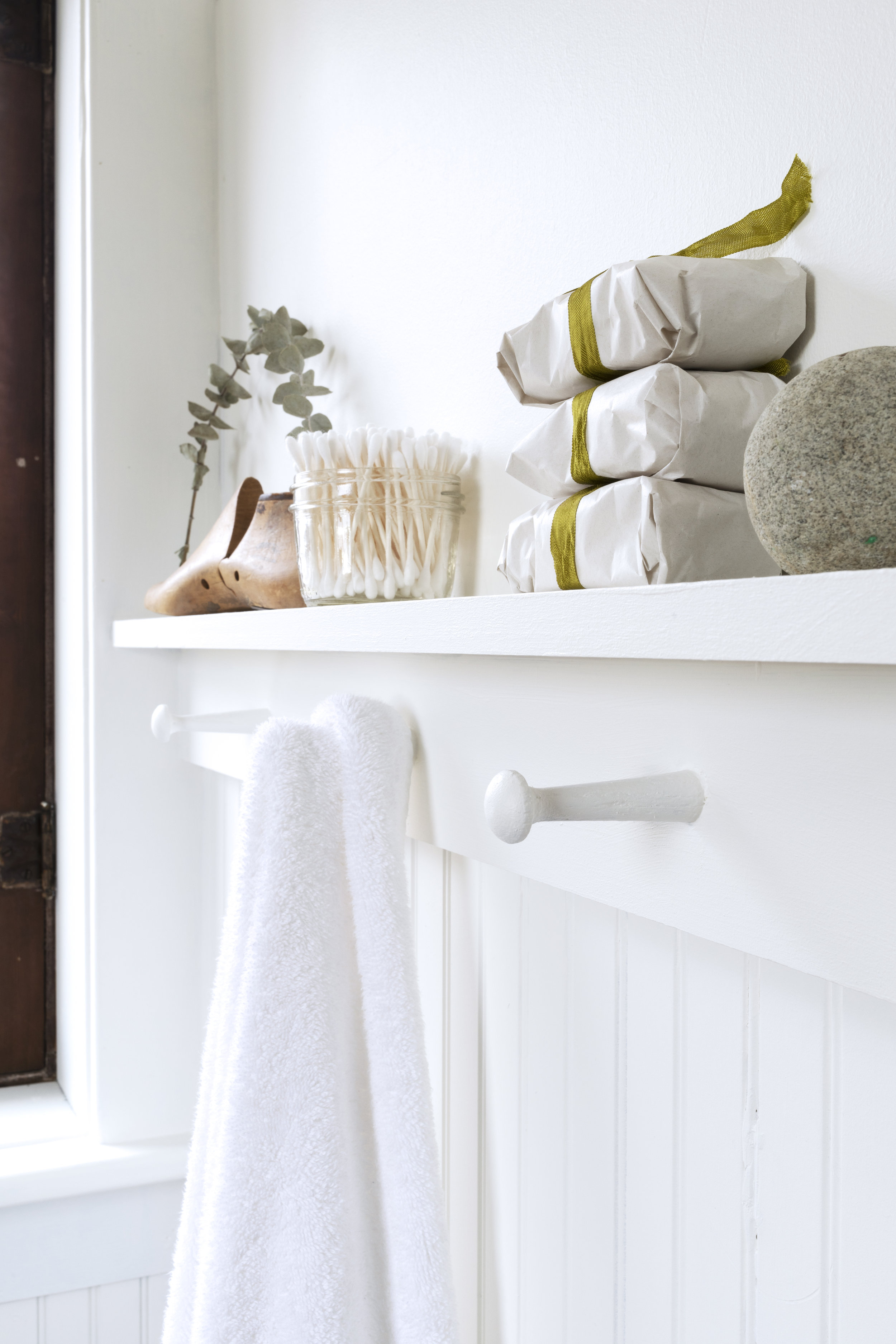 The Grit and Polish - Farmhouse Bathroom Budget Shaker Peg Shelf 2.jpg