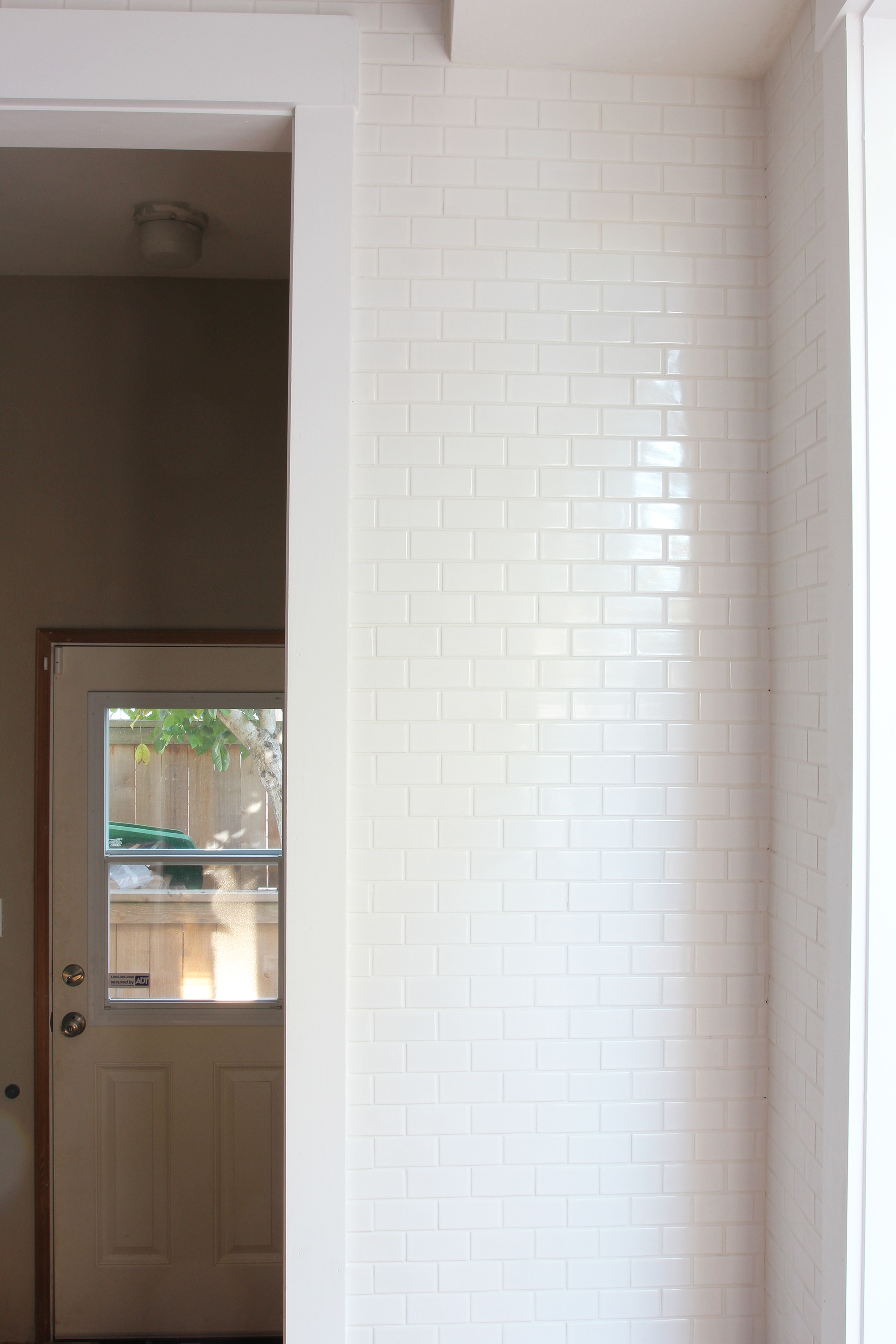 the-grit-and-polish-6-day-kitchen-tile
