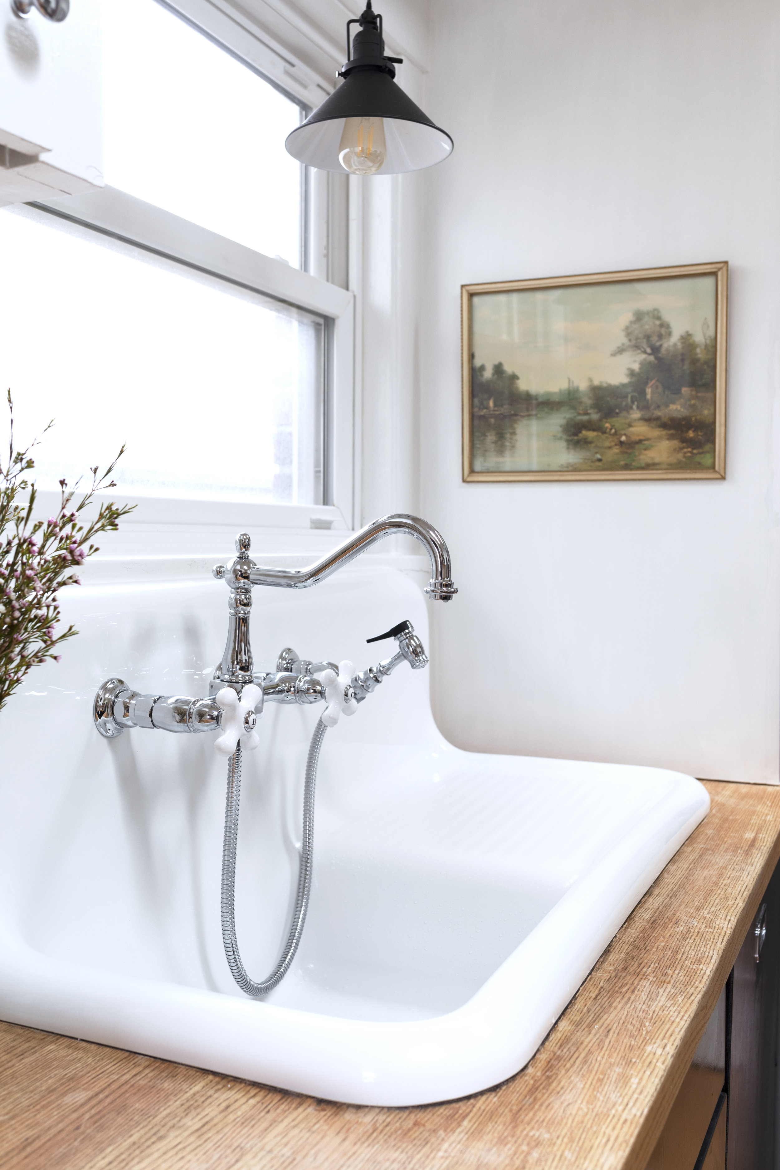 Replica vintage sink and faucet at the Dexter House Kitchen // the Grit and Polish