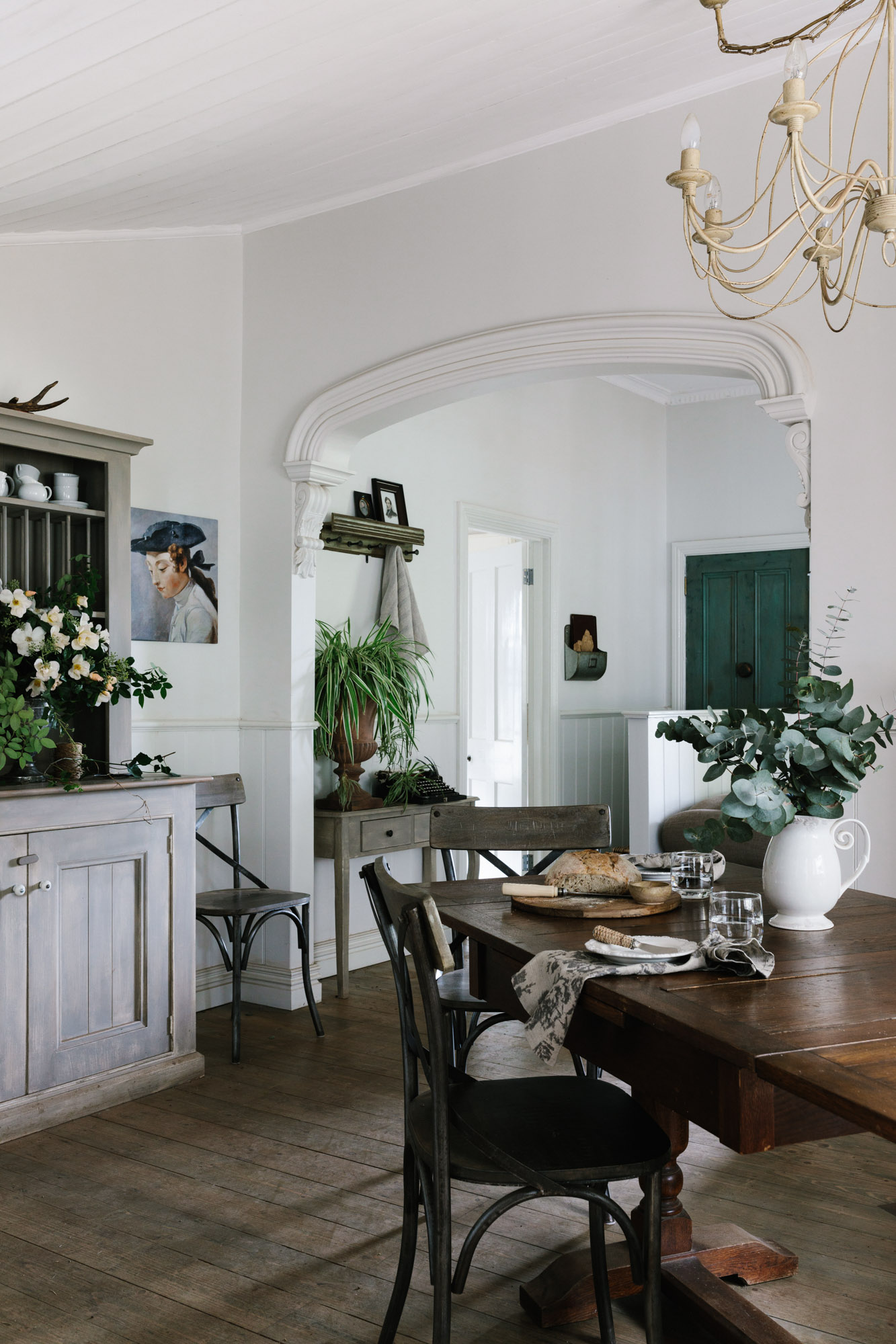 Marnie+Hawson,+Melbourne+purpose-driven+photographer+for+Acre+of+Roses,+Trentham.+A+sustainable+flower+farm+and+luxury+accommodation..jpg