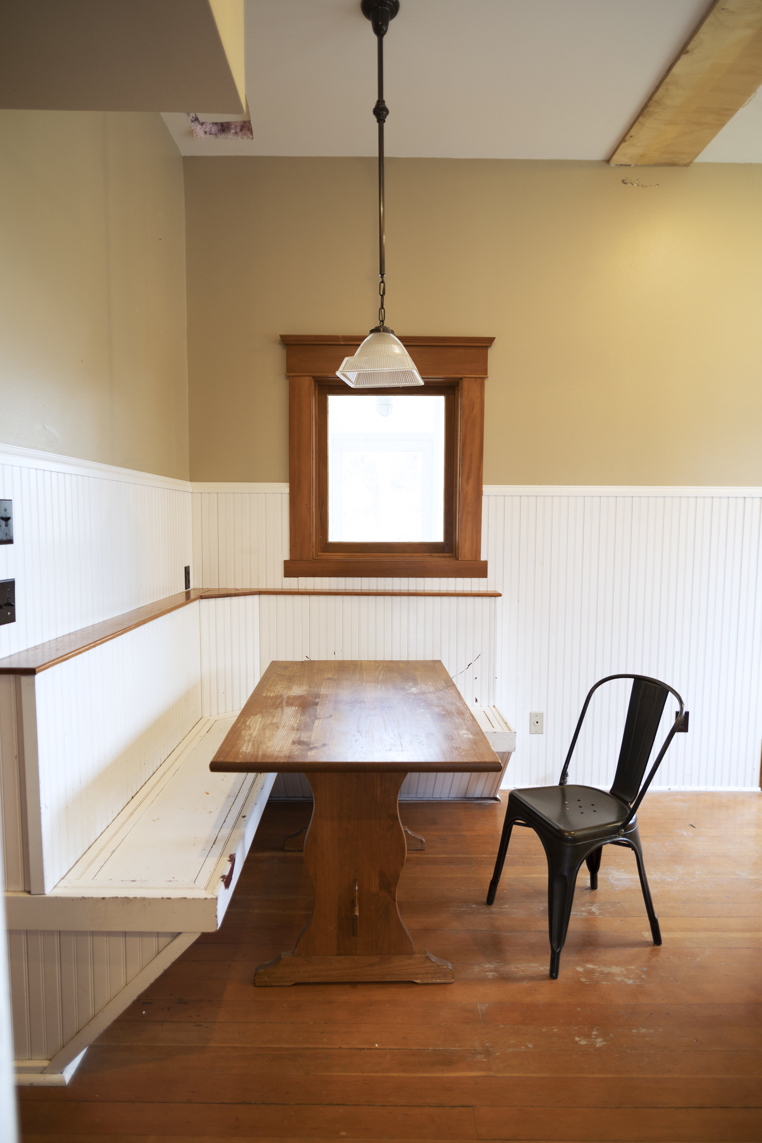 The Grit and Polish - Farmhouse Banquette 04-2019.jpg