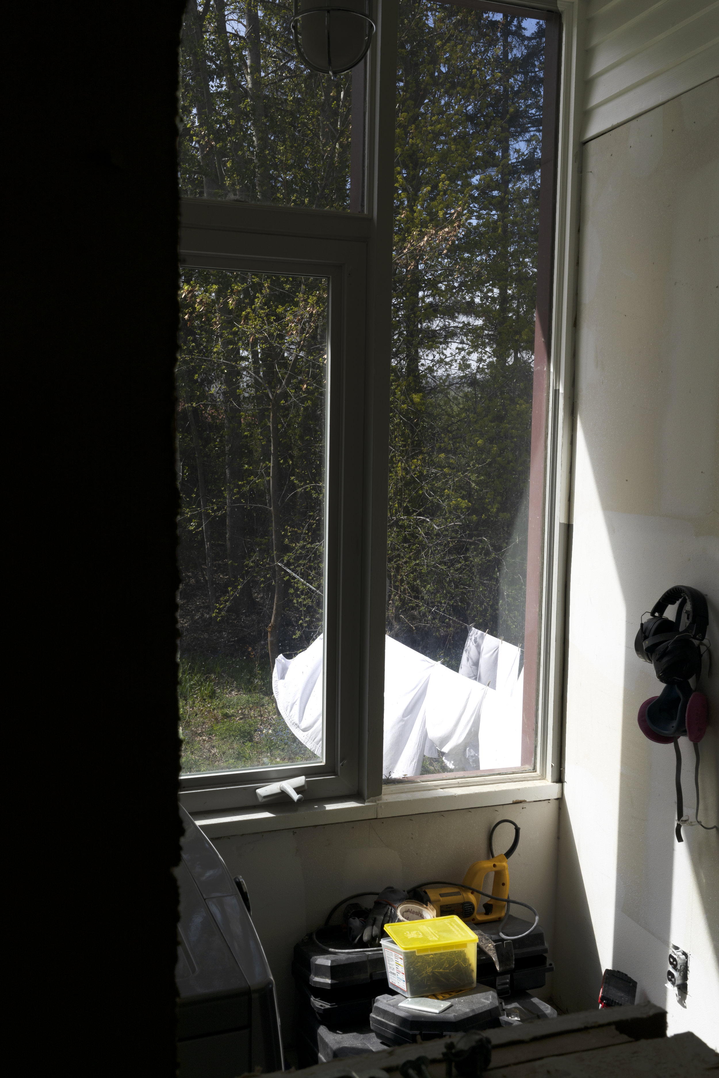 The Grit and Polish - Farmhouse Laundry Clothes Lines.jpg