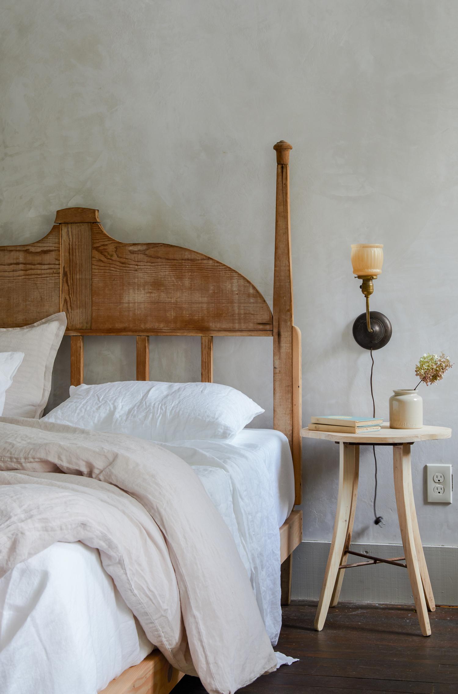 Jersey Ice Cream Bedroom Minwawa_Bedroom.jpg