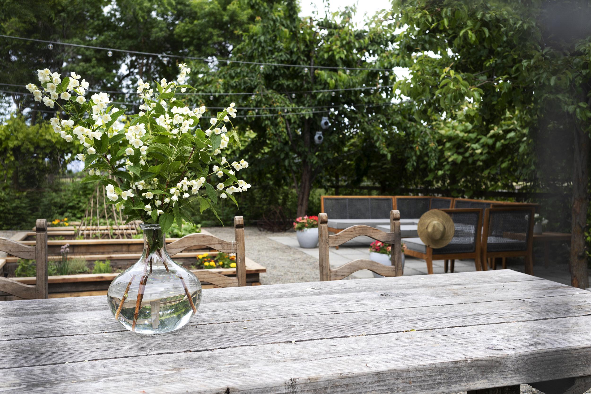 The Grit and Polish - Farmhouse Garden Table 5.jpg