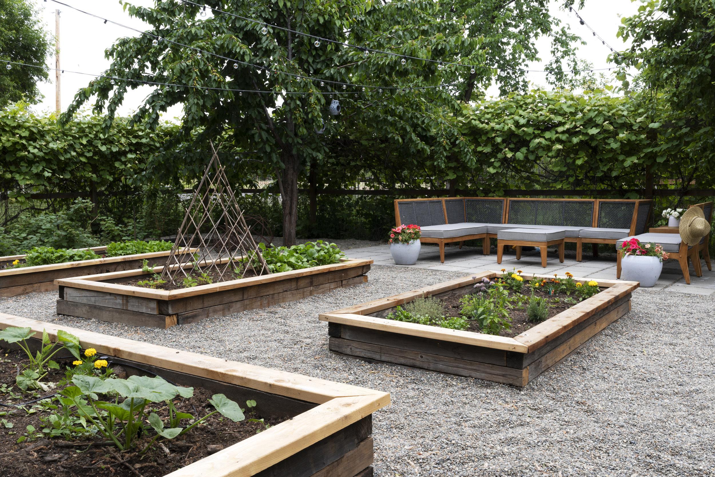 The Grit and Polish - Farmhouse Garden.jpg