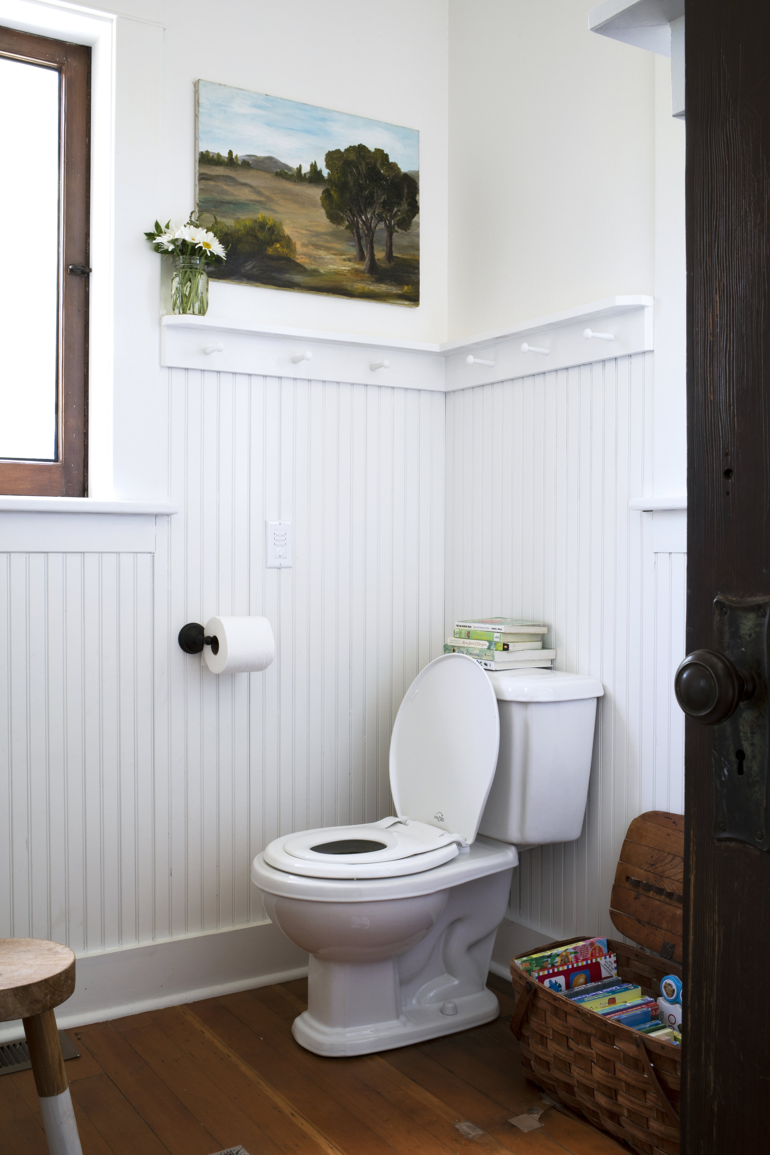 The Grit and Polish - Farmhouse Bathroom Potty Training 10.jpg