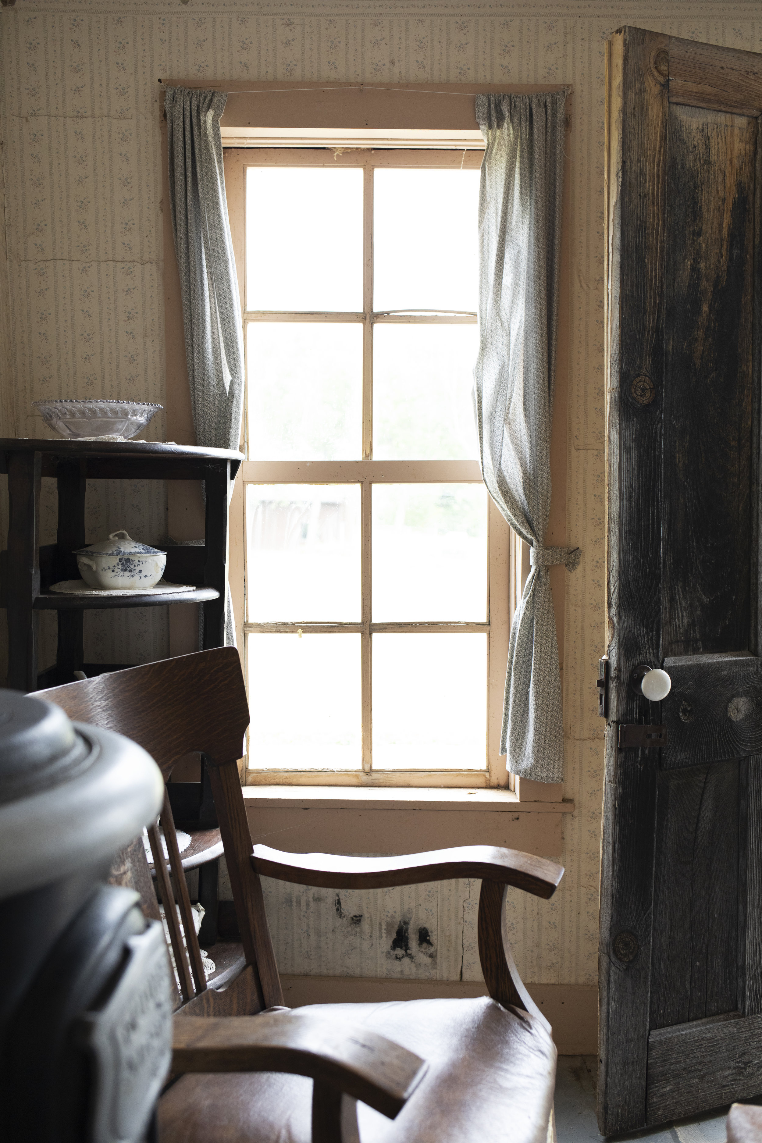 The Grit and Polish - 1906 Homestead South Dakota Living Rm Window.jpg