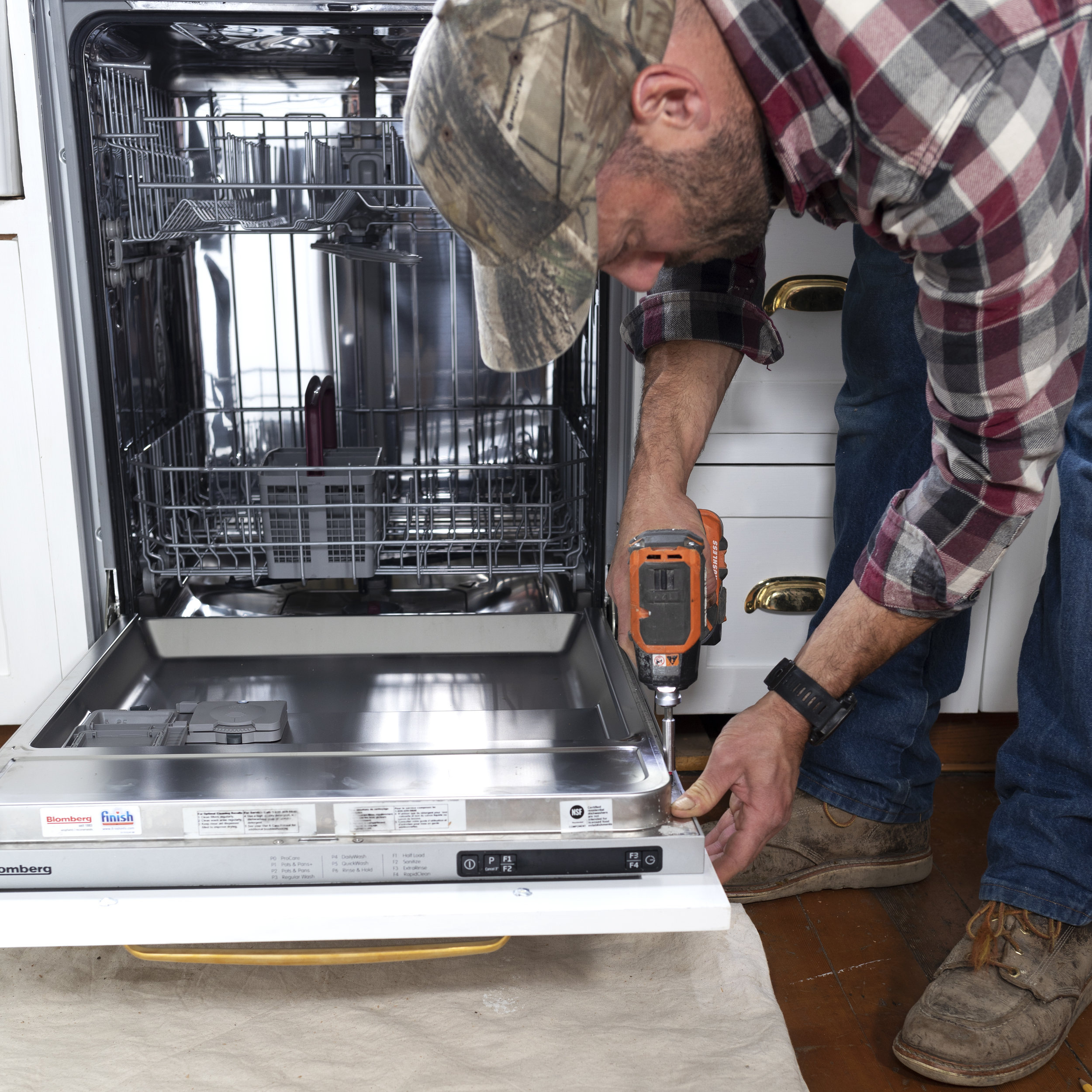 The Grit and Polish - DIY Panel Ready DIshwasher Final Attachment.jpg