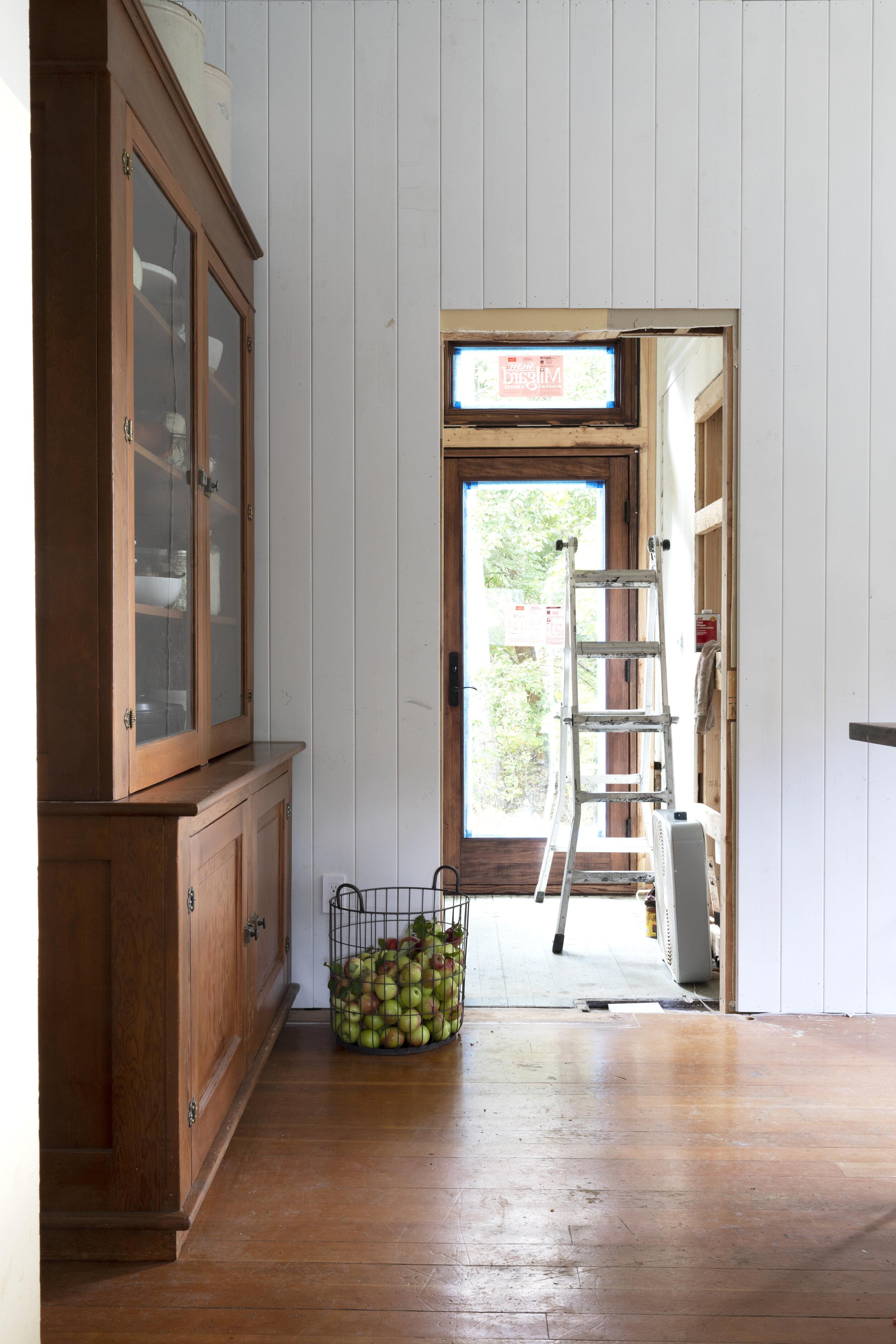The Grit and Polish - Farmhouse Kitchen Hutch 1.jpg