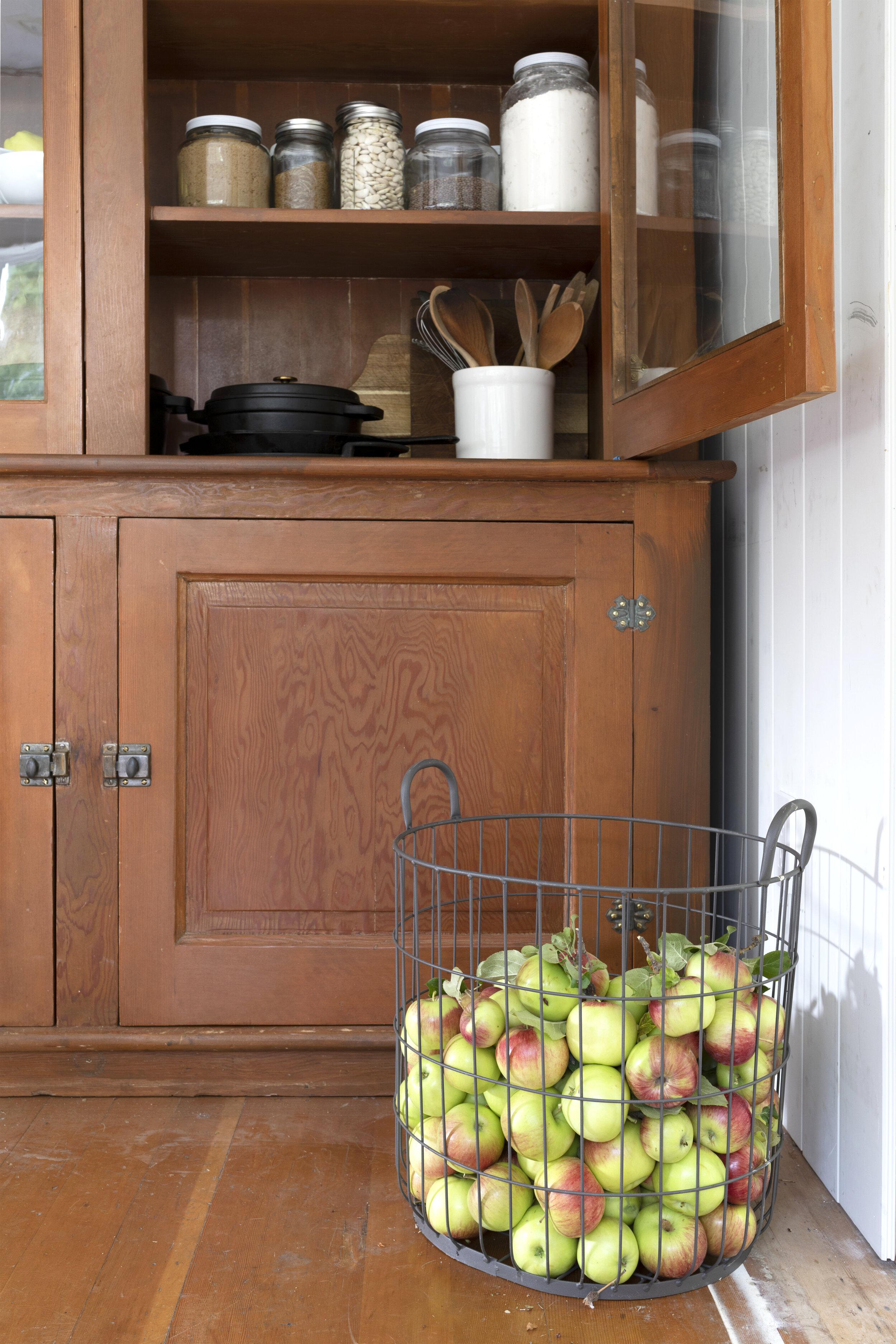 The Grit and Polish - Farmhouse Kitchen Hutch 6.jpg