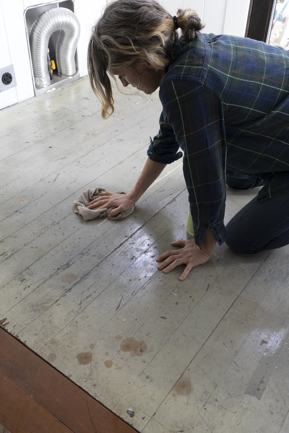 DIY // How to Paint ANY Wood Floor — The Grit and Polish