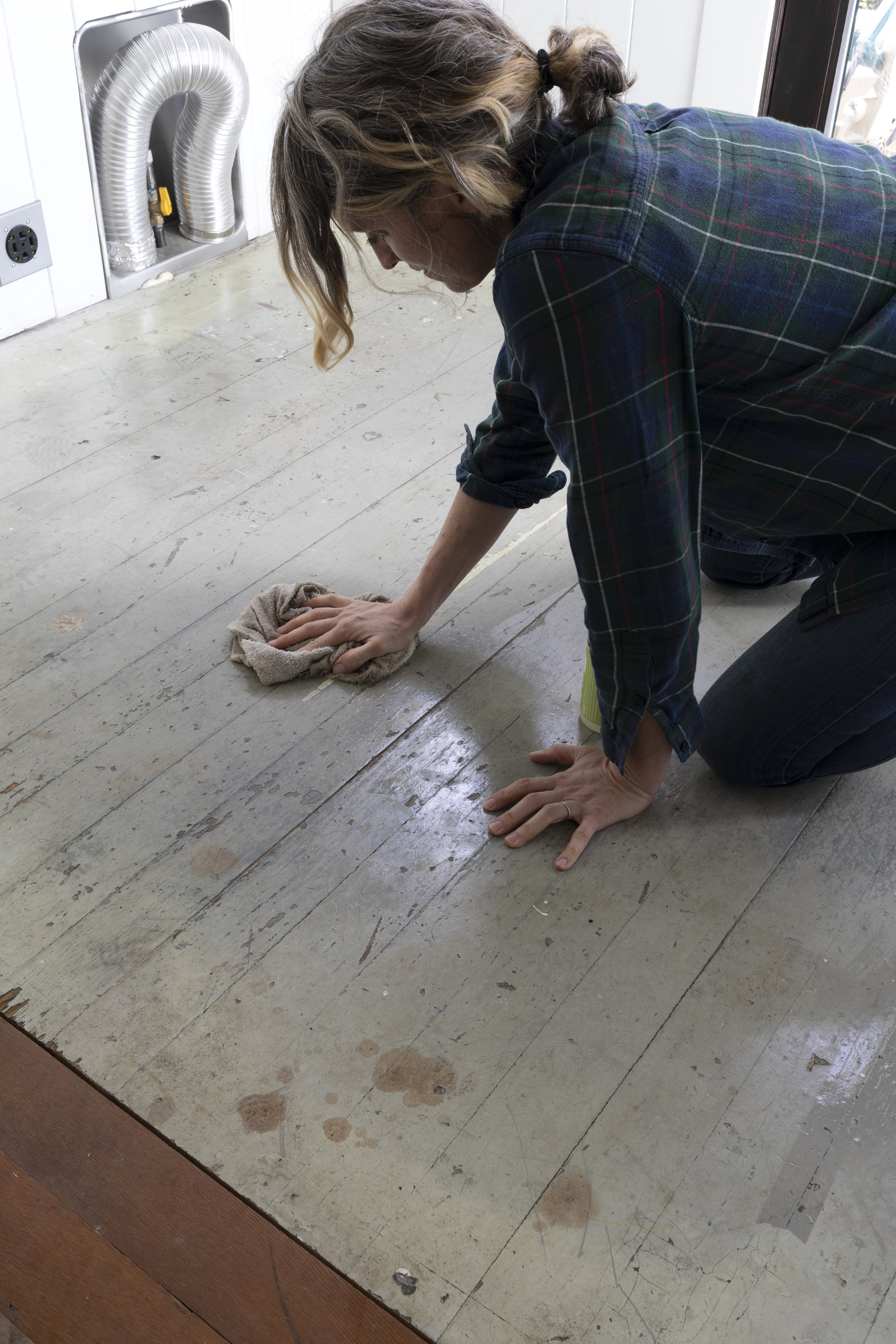 The Grit and Polish - DIY Painted Floors 1.jpg