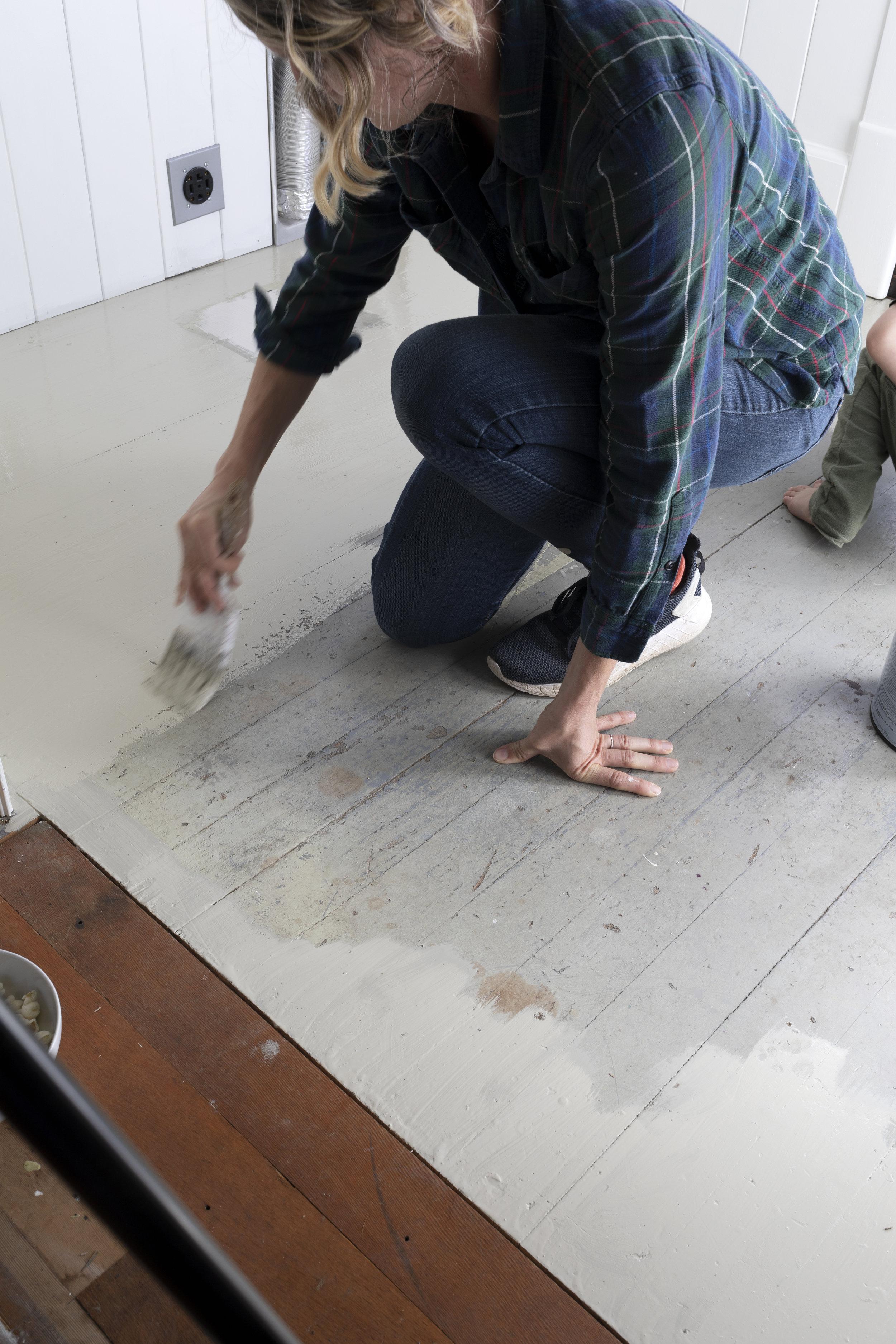 The Grit and Polish - DIY Painted Floors 2.jpg